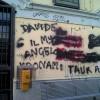 Scritte vandaliche nella stazione di Parona