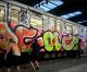 Video di vandali, tra cui italiani, ad Atene, a Milano e altre città.