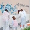 Via i graffiti da scuola Alla media Angelini studenti imbianchini