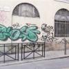 La battaglia persa contro i vandali del muro accanto