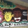 Un murales per coprire le scritte antisemite a scuola