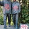 La statua di don Boschetti imbrattata con lo spray