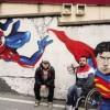 La «Via dei murales» Venti metri di colore