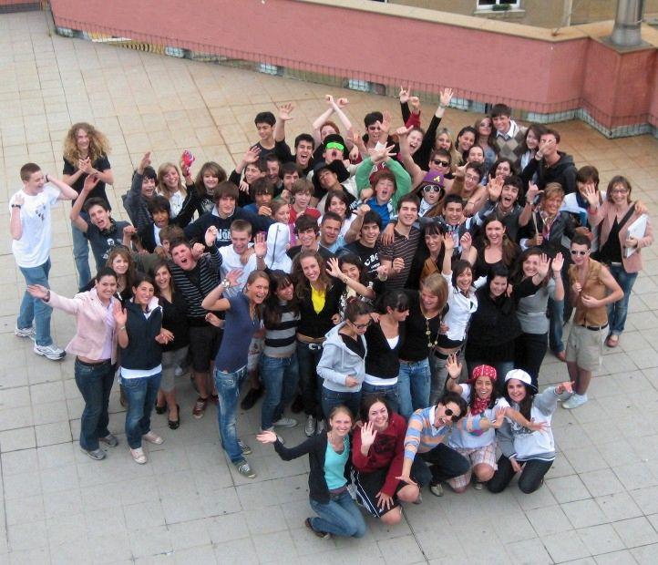 groupphoto_deledda_school