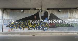 Il-Batman-di-108-coperto-da-una-tag-480x257